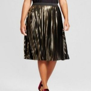 [ new ] Gold Metallic Pleated Skirt